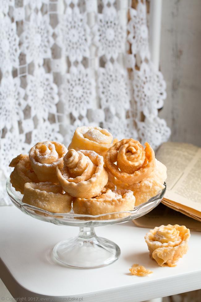 УРАМА - tatarski chrust, karnawałowe ciastka smażone w głębokim tłuszczu