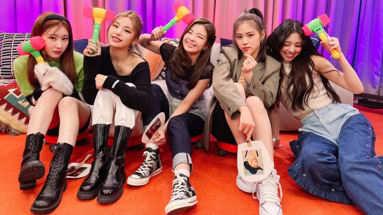 ITZY Announces Track List on Comeback Album 'GUESS WHO'