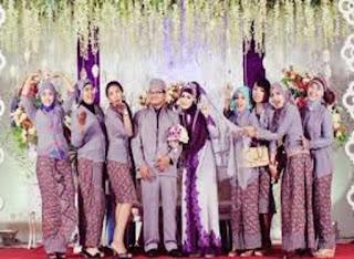 Model Baju Batik Remaja Untuk Pesta Pernikahan
