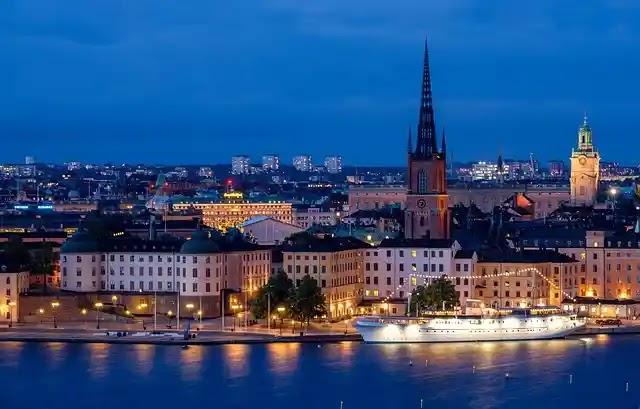 تاشيرة السويد