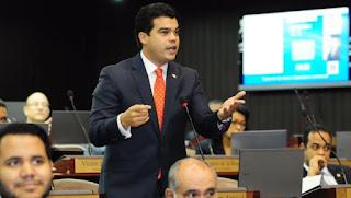 "Diputado Arnaud dice Cámara de Diputados aprueba informe de la CC ""repleto de incongruencias financieras"""