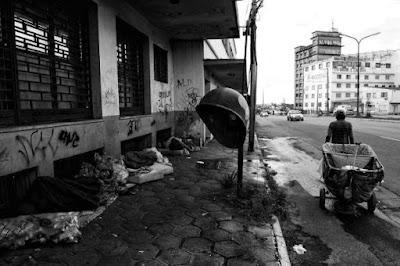 Encontrar pessoas que ajudam moradores de rua