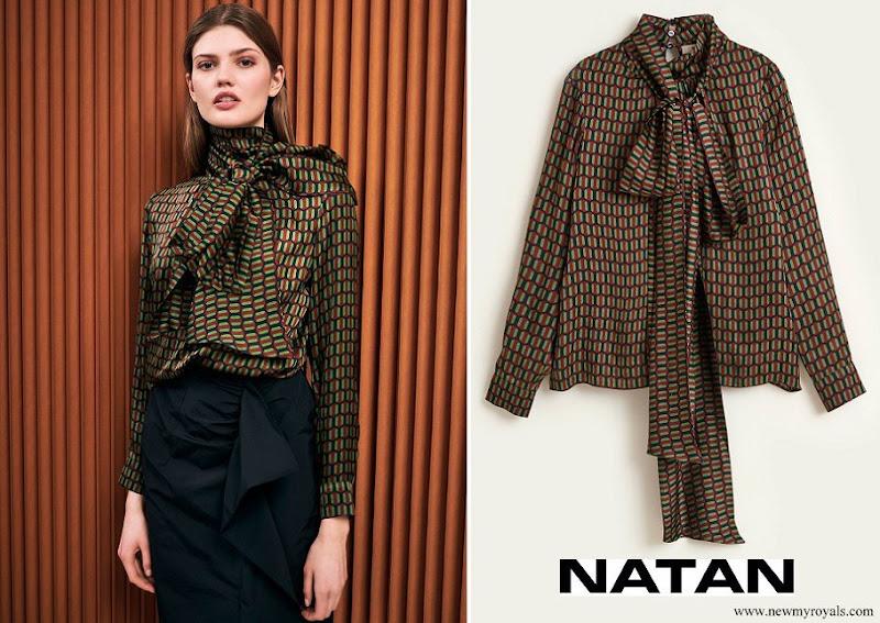 Queen Maxima wore NATAN Narel printed viscose top with geometrical print