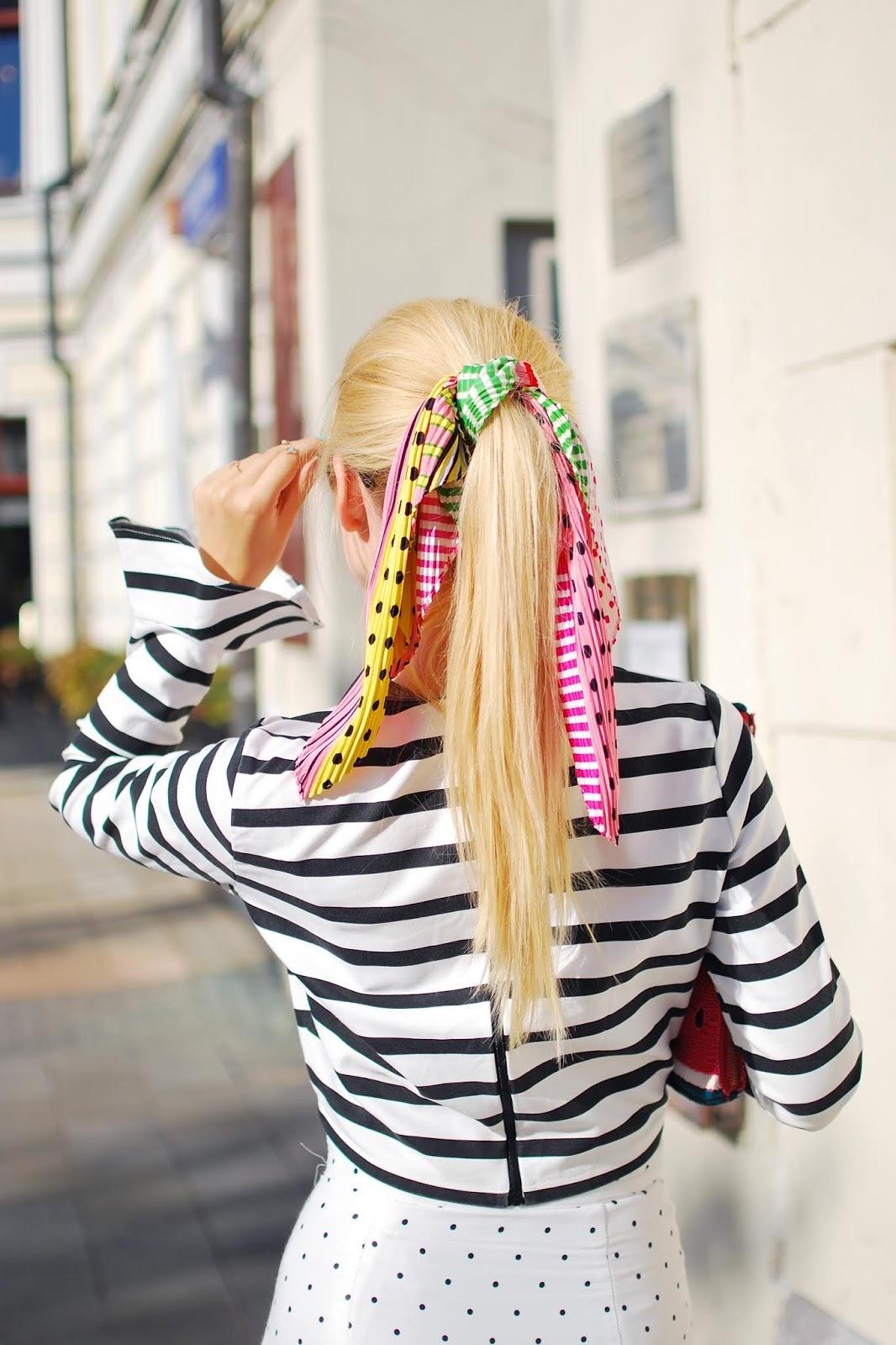 шейный платок на волосы, как носить летние аксессуары