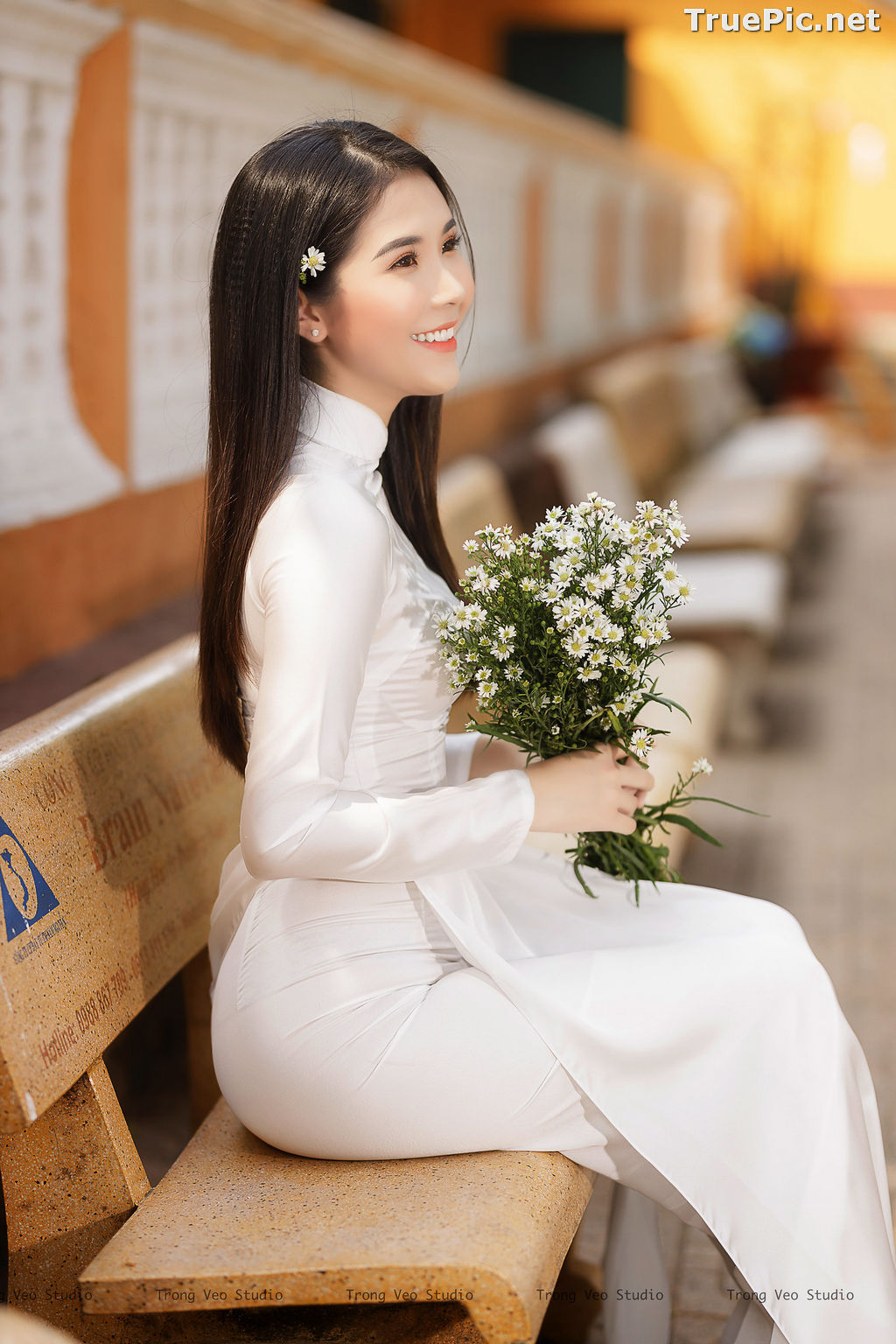 Image The Beauty of Vietnamese Girls with Traditional Dress (Ao Dai) #2 - TruePic.net - Picture-7