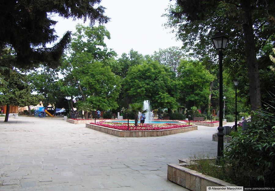 Фонтан в парке Созополя | Fountain in the park of Sozopol