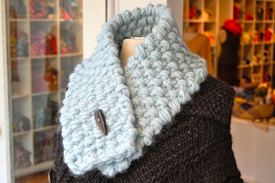 The Best Crafters: Knit 3 Easy Neck Warmers