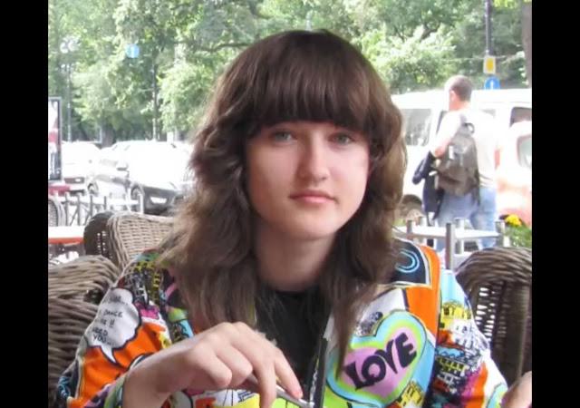 Преображение девушки из Москвы сводит с ума, ведь из невзрачной школьницы она стала идеалом красоты