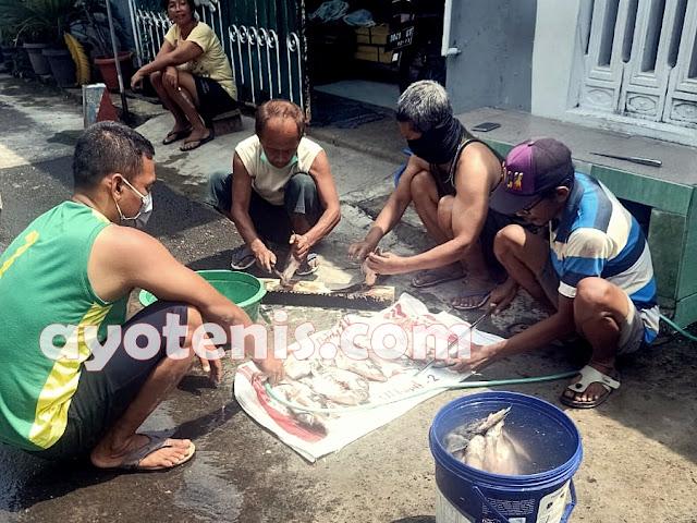 Sejumlah Petenis Beri Dukungan pada Kusmeidi, Bos Muzukha Kediri Kirim Ikan Segar