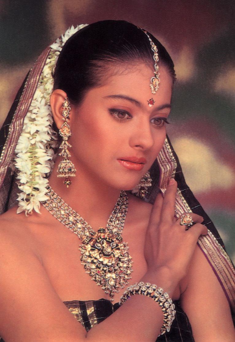 Vaša najnovejša Bollywood Hot Pics Galerija Kajol-7051