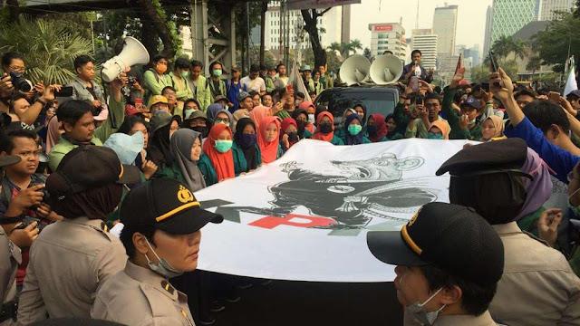 BEM IPB: Aparat TNI dan Polri Dekati Kampus Redam Aksi Mahasiswa