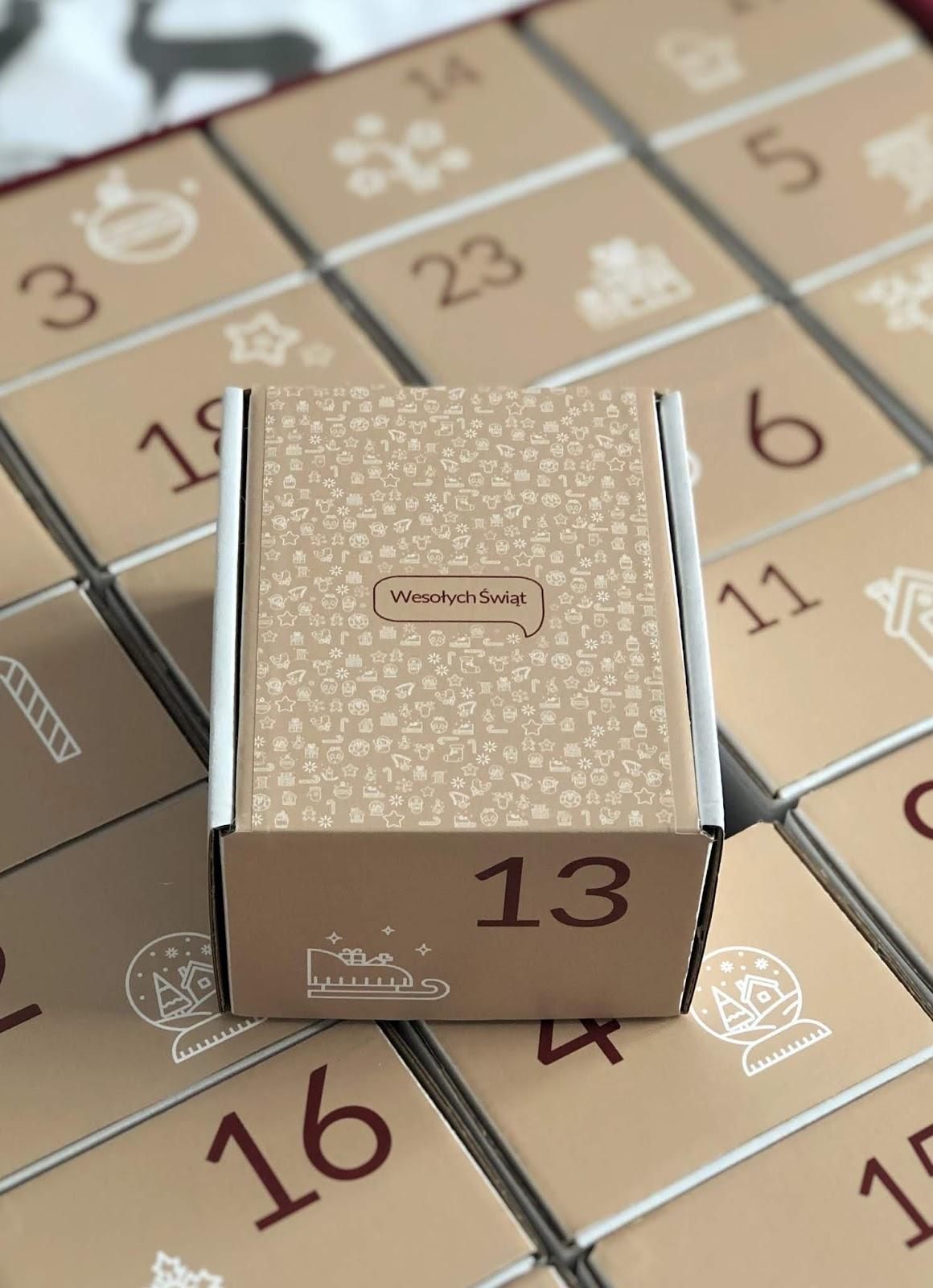kalendarz-adwentowy-z-naturalnymi-kosmetykami