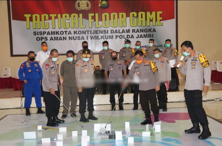 Kegiatan Pelatihan TFG Sispamkota Yang Dilaksanakan Di Mako Sat Brimob Polda Jambi Dihadiri Oleh Wakapolda Jambi