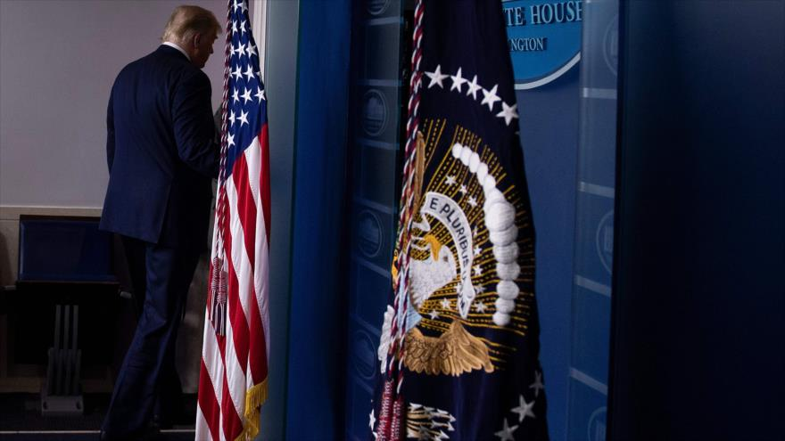 Trump deja la Casa Blanca y llega a su club de golf en Virginia | #Elecciones2020