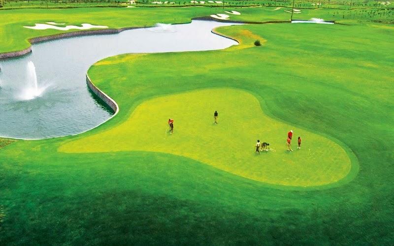Golfing in India