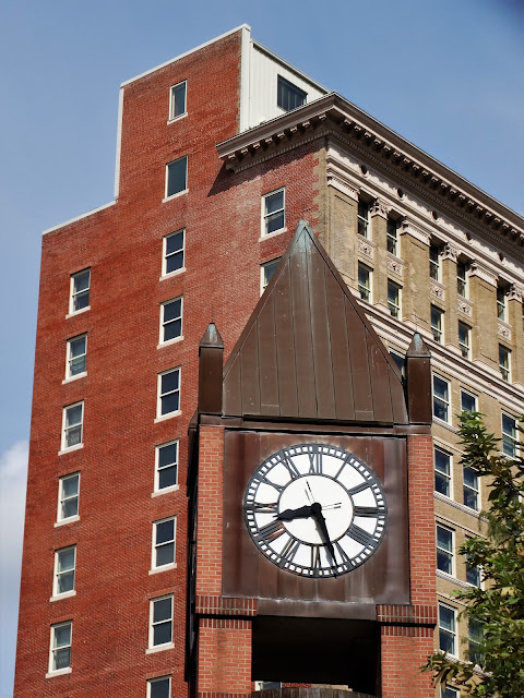Hotel Icon with Market Square Clocktower