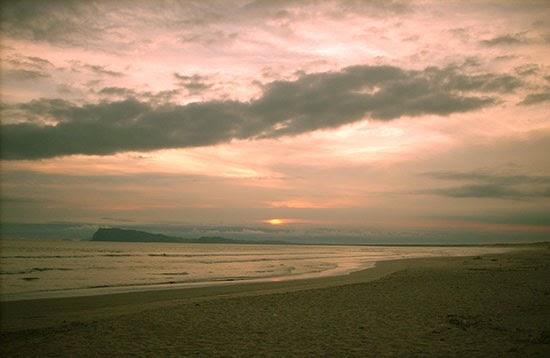 Pantai Trianggulasi di Taman Nasional Alas Purwo, Banyuwangi.