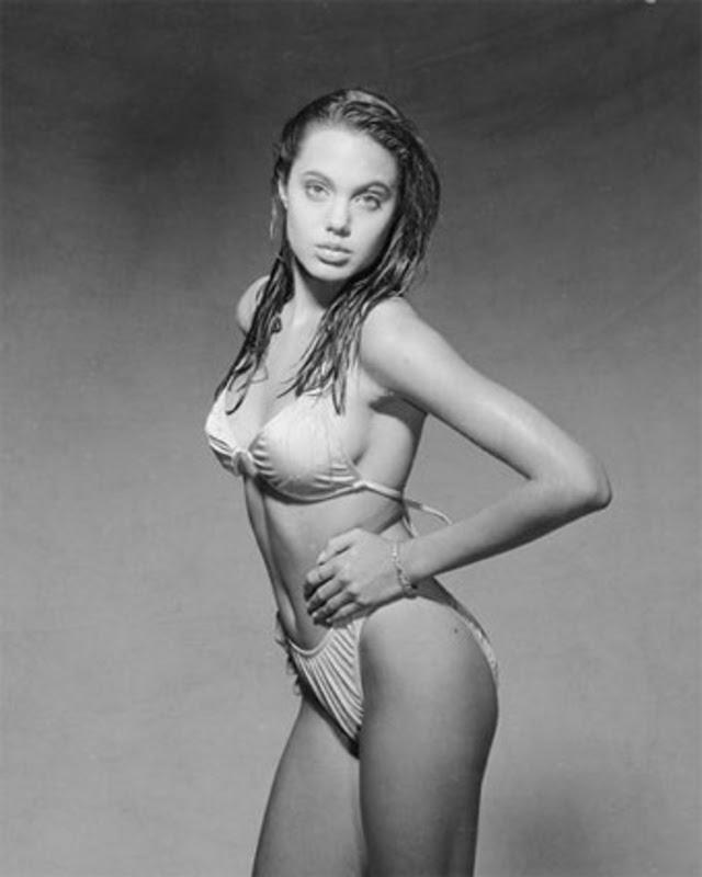 Angelina Jolie Bikini 95