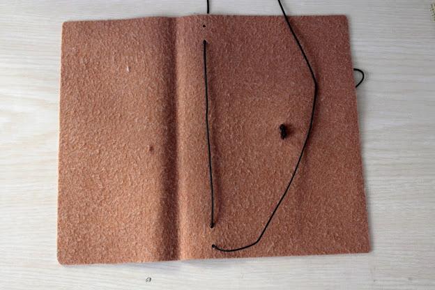 come-fare-un-agenda-midori-cover-diy-sistema-ad-elastici