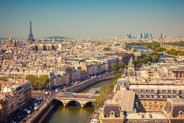 Paris no verão