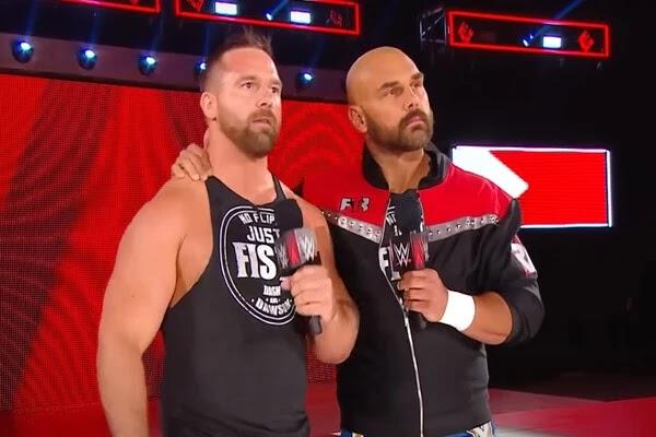 فريق ذا ريفايفل يكشفان سبب رحيلهما عن WWE
