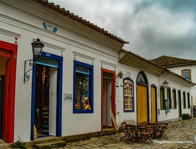 Lojas no Centro Histórico de Paraty