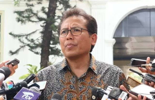Kasihan Fadjroel, Mau Klarifikasi Bipang Ambawang, Malah Dihajar Warganet Hingga Telentang