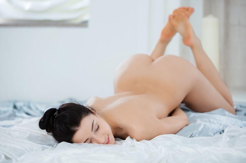 [Sex-Art] Taissia A - Yoga Inspiration 1489608213_sa