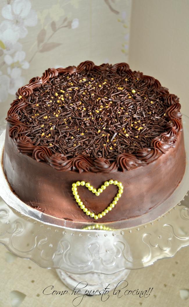 pastel-de-chocolate--avellanas-baileys