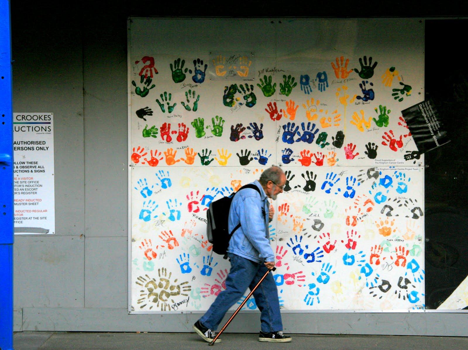 Sydney Eye: Helping hands, healing hands