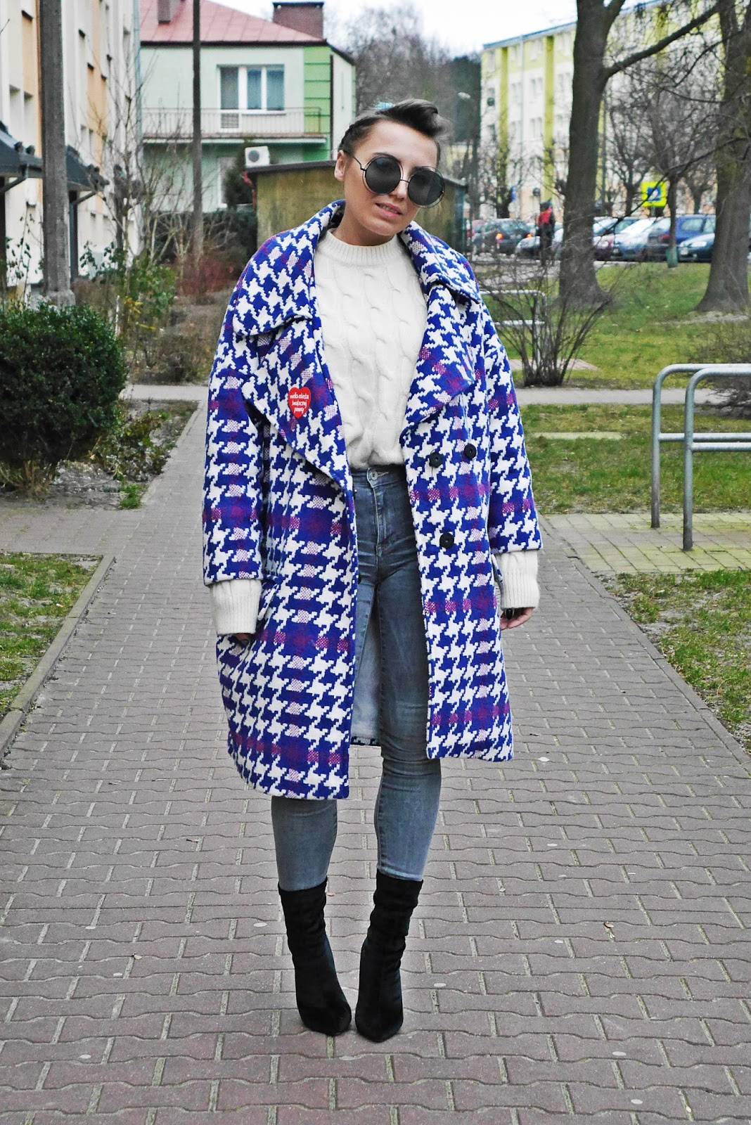 4_big_coat_denim_pants_socks_boots_karyn_blog_modowy_140118a