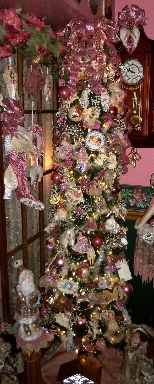 Christmas Home Tour, Dining Room, Tree and Vignettes, 2019