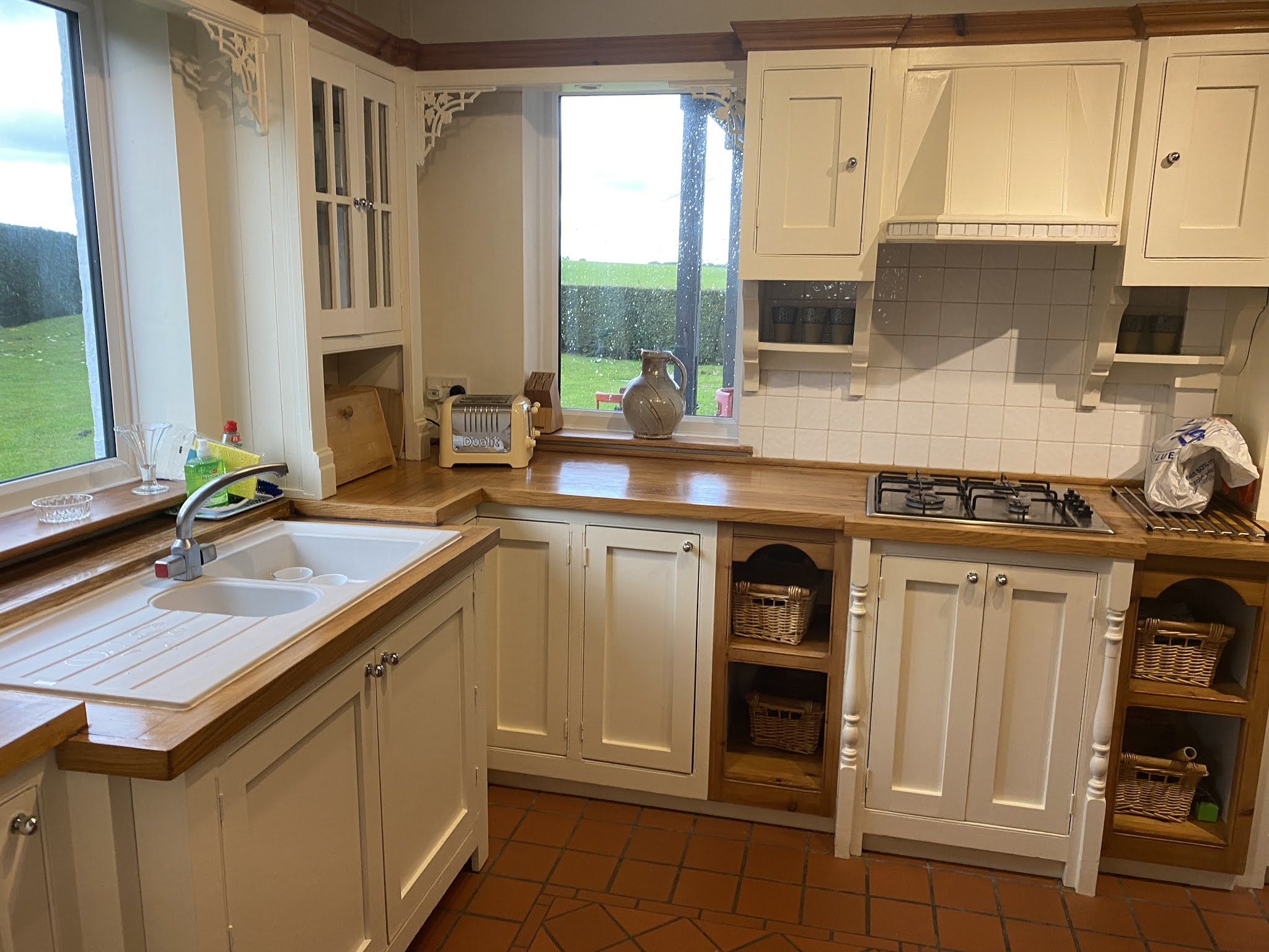Snowdonia View Farmhouse - Kitchen