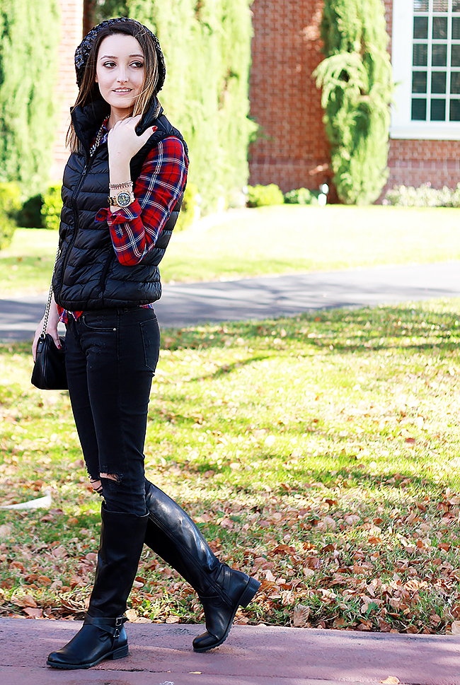 Fall Style: Plaid Shirt & Distressed Jeans with Vest