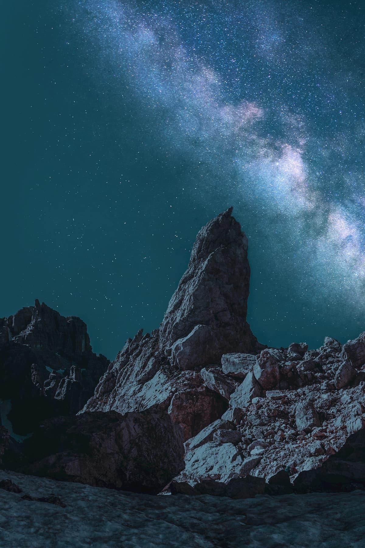 Night Light | Ein beeindruckender Timelapse... Nicht-Timelapse-Kurzfilm von Arthur Cauty
