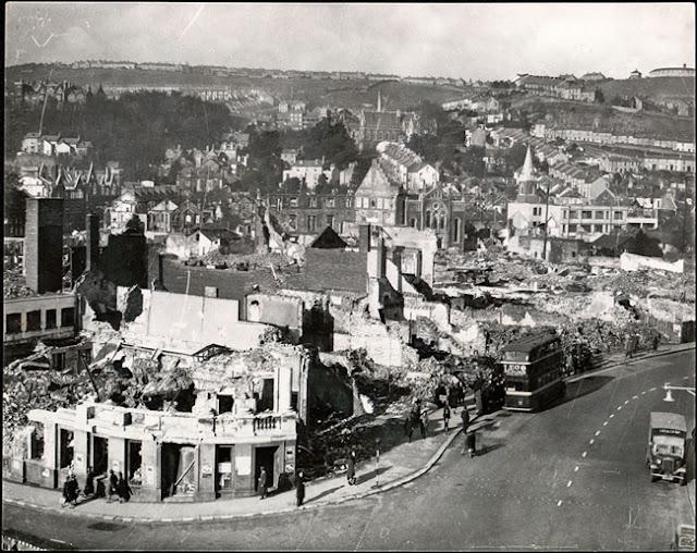 19 February 1941 worldwartwo.filminspector.com Swansea Blitz damage