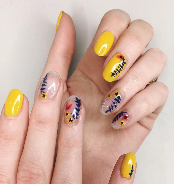 nail-art-fiori-2018