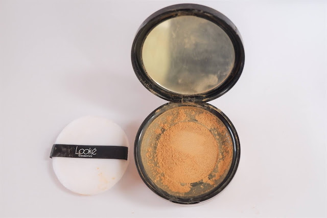 Holy Smooth & Blur Loose Powder Looke Cosmetics