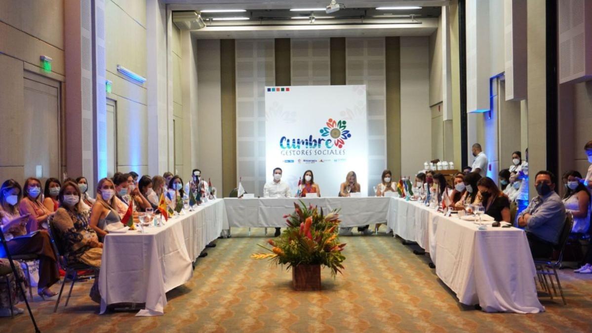 El Gobierno de la ciudad participó en la Cumbre de Gestoras Sociales de ciudades capitales