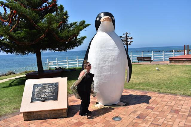 BIG Penguin in Penguin | Australian BIG Things