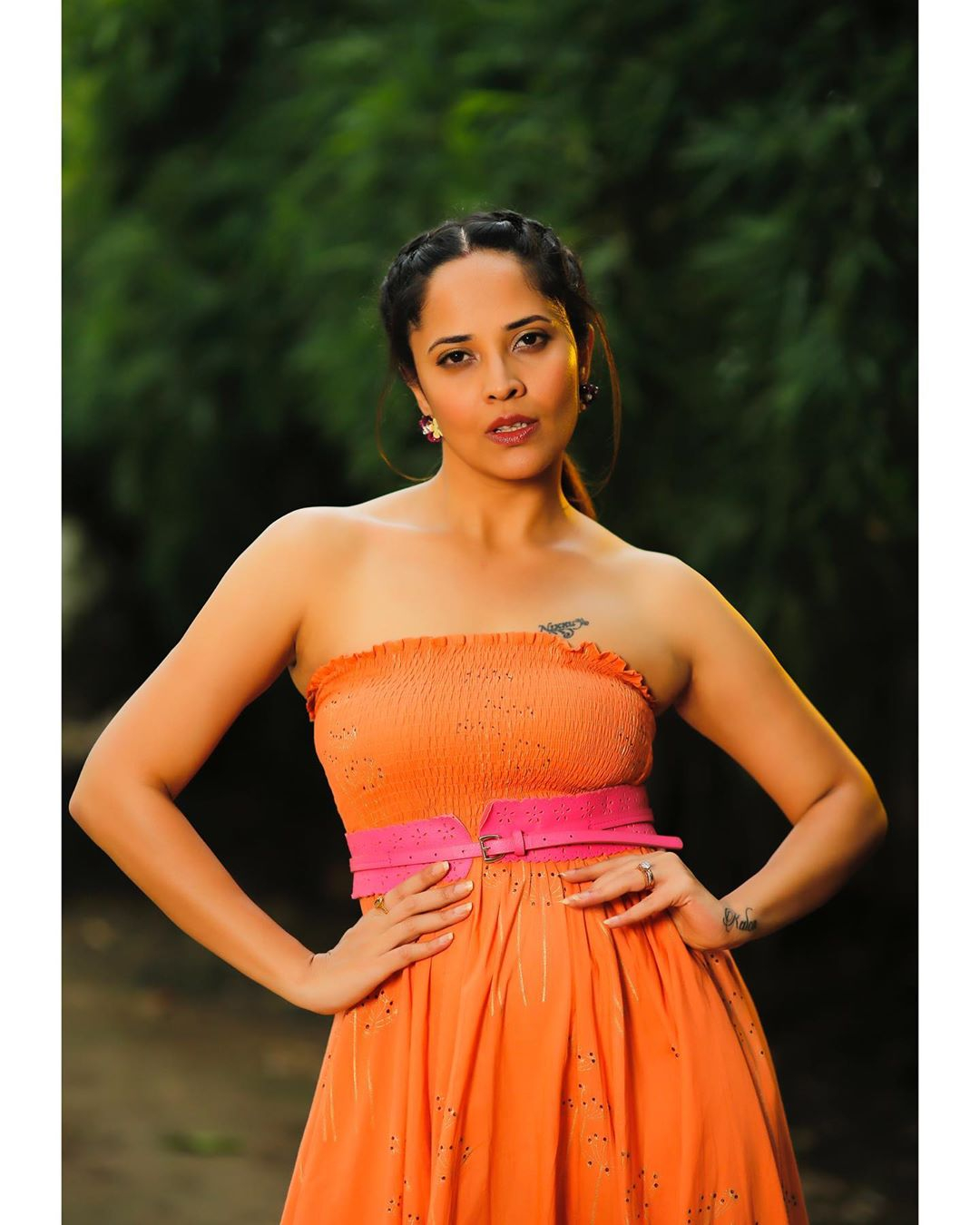 Telugu Anchor Rashmi Gautam Hot Stills - Sexy Hot Images