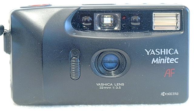 Yashica Minitec AF, Front