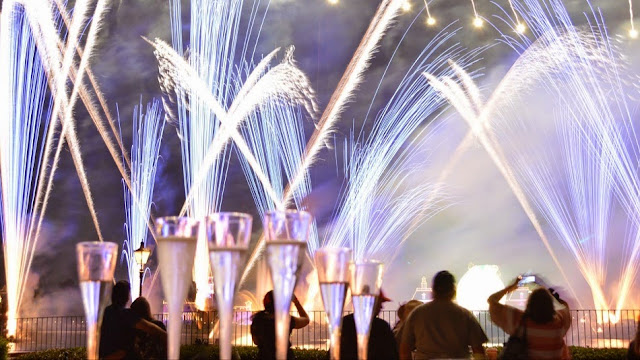 Noite de Fogos do show IlumiNations no Epcot Disney em Orlando