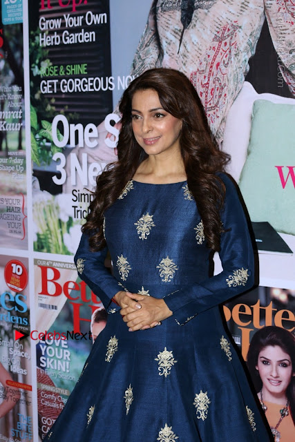 Bollywood Actress Juhi Chawla Launchs Better Homes 10th Anniversary Celetion Cover  0006.JPG