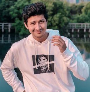 Profil dan Biografi Aditya Zoni