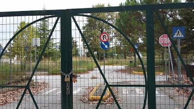 Λουκέτο στο Πάρκο Κυκλοφοριακής Αγωγής για την καθιερωμένη συμβολική επίσκεψη της Ποδηλατικής Παιδείας φέτος, ως λήξη των σχολικών δράσεων στα πλαίσια της Πανευρωπαικής Εβδομάδας Κινητικότητας.