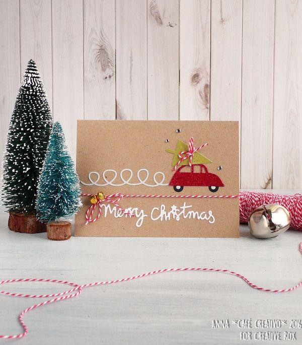 Biglietto con automobile e albero di Natale