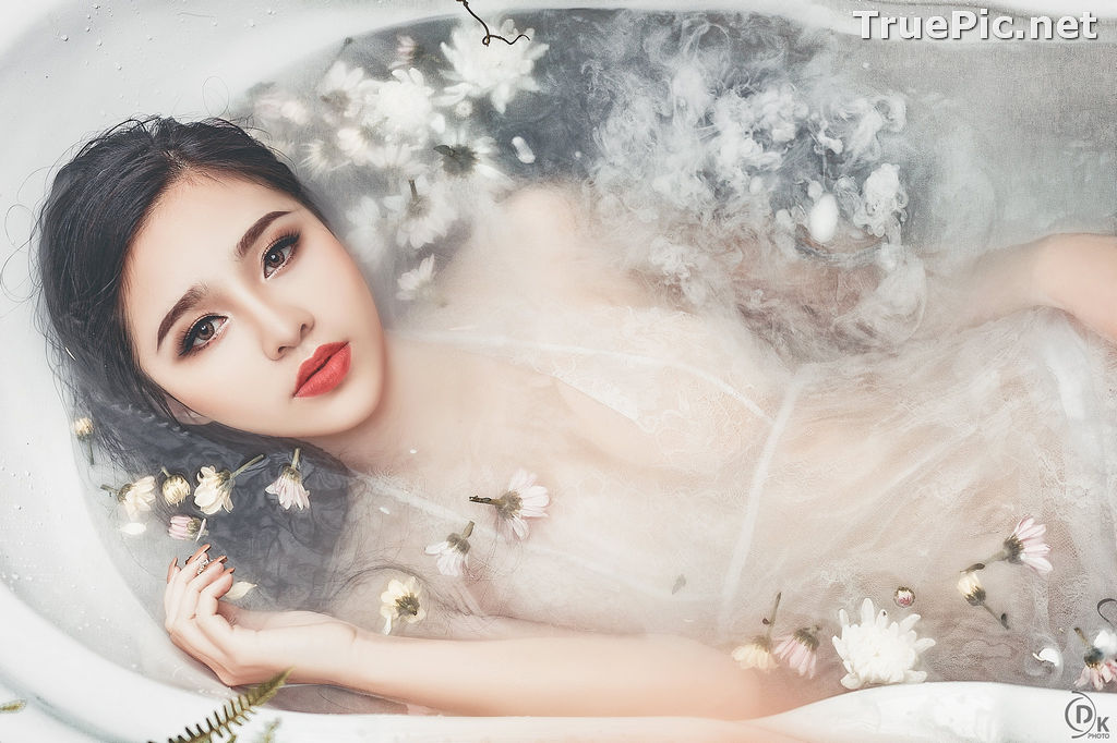 Image Vietnamese Model - Beautiful Fairy Flower In The Bath - TruePic.net - Picture-3