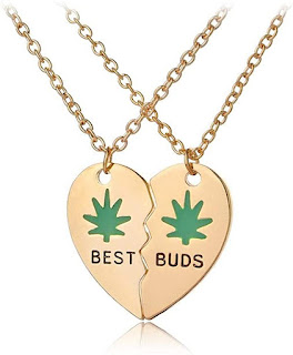Heart best buds Necklace