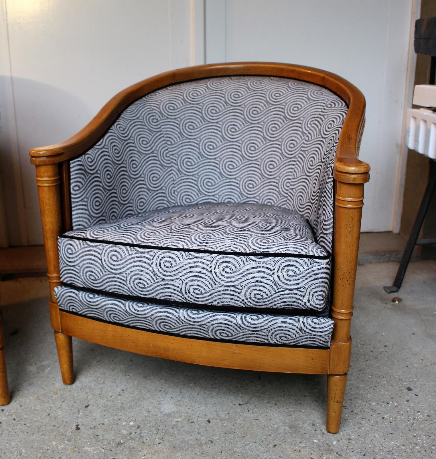 le siege dans tous ses etats fauteuils jean roche. Black Bedroom Furniture Sets. Home Design Ideas